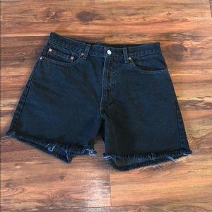 Black distressed men's Levi shorts size 33